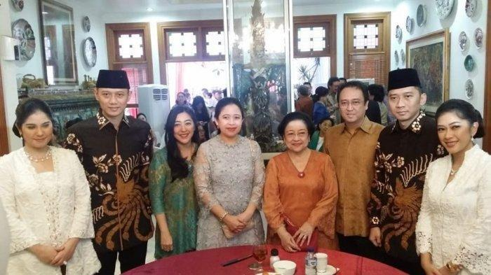 Dendam Megawati ke SBY disebut turun hingga ke AHY akhirnya tak bisa restui jadi Menteri Jokowi-Ma'ruf Amin.
