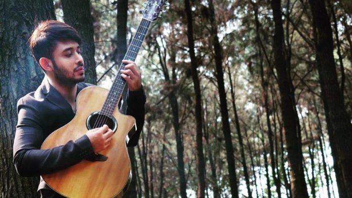 Meidian Maladi dalam pemotretan untuk single kedua 'Bila Nanti'