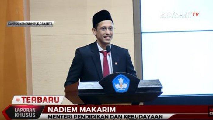 Nadiem Makarim memberikan sambutannya dalam Serah Terima Jabatan di Kementerian Pendidikan dan Kebudayaan