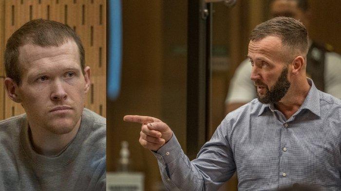 FOTO: Pelaku penembakan masjid di Selandia Baru, Brenton Tarrant (kiri) mendengarkan pernyataan Nathan Smith (kanan), pria mualaf asal Inggris dalam persidangan di Pengadilan Tinggi Christchurch, Selasa (25/8/2020).