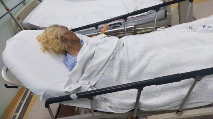 Seorang nenek berhasil diselamatkan setelah dikubur hidup-hidup di dalam lumpur selama 3 hari