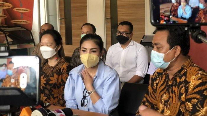 Nindy Ayunda saat ditemui di Komnas Perempuan kawasan Menteng, Jakarta Pusat, Selasa (16/2/2021).