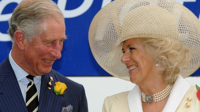 Pangeran Charles dan Camilla.