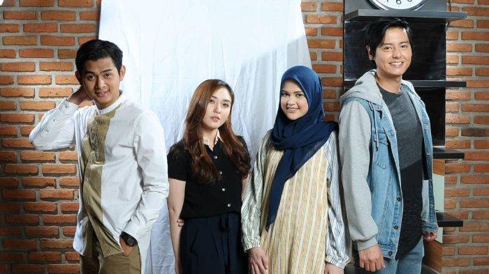 Pemeran film Ajari Aku Islam, Miqdad Addausy, Shinta Naomi, Cut Meyriska, dan Roger Danuarta.