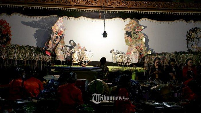 Dalam rangka melestarikan budaya Jawa (nguri nguri budaya Jawa) serta dalam rangka HUT Patra Semarang yg ke-45 menggelar acara pementasan wayang kulit yang mengusung tema