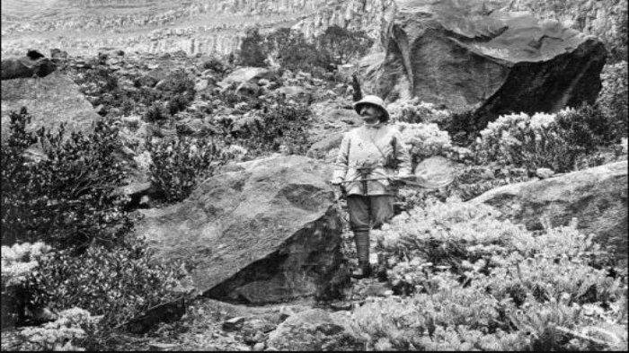 Jacob Christiaan Koningsberger, ilmuwan Belanda yang meneliti Gunung Gede dan Gunung Pangrango.