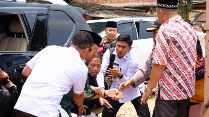 Kronologi Wiranto ditusuk orang tak dikenal di Pandeglang, Banten, Kamis (10/10/2019).