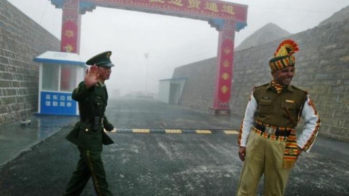 Perbatasan China dan India