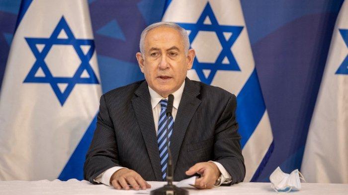 FOTO: Perdana Menteri Israel Benjamin Netanyahu mengeluarkan pernyataan di Kementerian Pertahanan Israel di Tel Aviv pada 27 Juli 2020 setelah naiknya tensi dengan kelompok militan Lebanon, Hezbollah di perbatasan Israel-Lebanon.