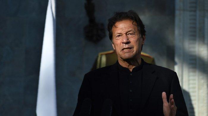 FOTO: Perdana Menteri Pakistan Imran Khan saat konferensi pers di Kabul, 19 November 2020