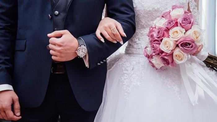 Ilustrasi seorang istri harus rela menikah dengan pria lain untuk menghidupi suaminya yang lumpuh