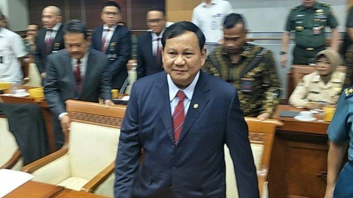 Menteri Pertahanan Prabowo Subianto dalam rapat kerja dengan Komisi I, di Kompleks Parlemen, Senayan, Jakarta, Senin (11/10/2019).