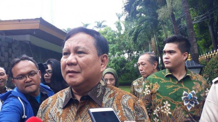 Prabowo Subianto di Jalan Widya Chandra V, Jakarta, Rabu (25/12/2019).
