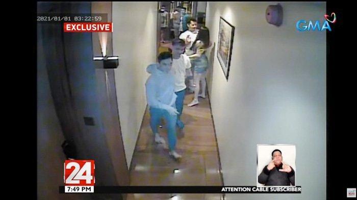 Tangkapan layar dari kamera hotel memperlihatkan Christine Angelica Dacera masih bersama sejumlah pria di koridor hotel. Waktu dalam rekaman menunjukkan pukul 03.22 yang mengindikasikan, ia dibunuh dan diperkosa setelah waktu itu. (EVA.VN)