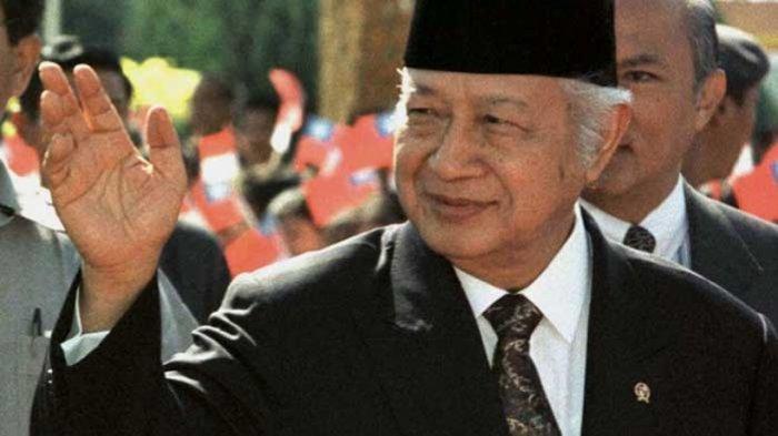 Hasil gambar untuk Presiden Soeharto