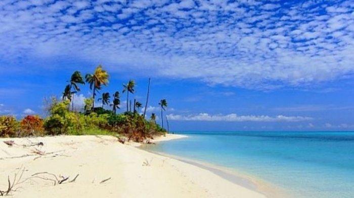 Sausana Pulau Lantigiang, Kecamatan Takabonerate, Sulawesi Selatan, yang diinfokan akan dijual ke pihak ketiga seharga Rp 900 Juta.