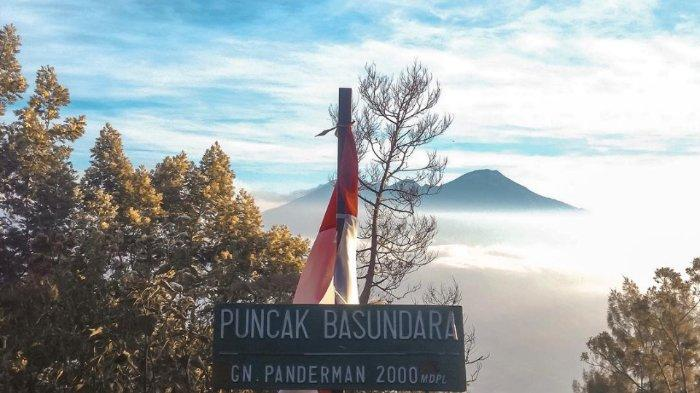 5 Pesona Keindahan Gunung Panderman Sebelum Terbakar Dari Lautan Awan Hingga Eksotisme Kera Abu Abu Tribunnewswiki Com Mobile