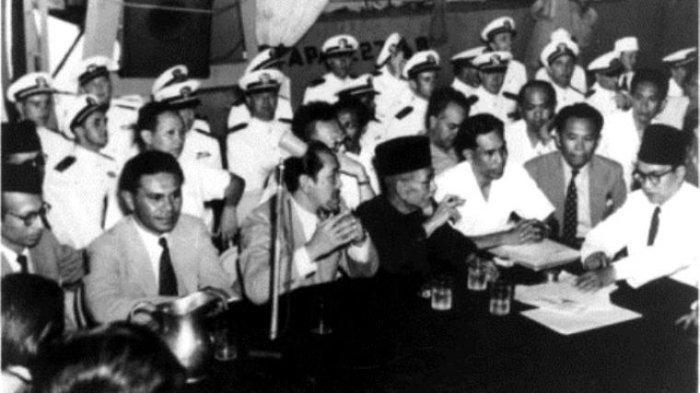 Penandatanganan Perjanjian Renville antara Belanda dengan Indonesia pada tanggal 17 Januari 1948. (titiknol.co.id)