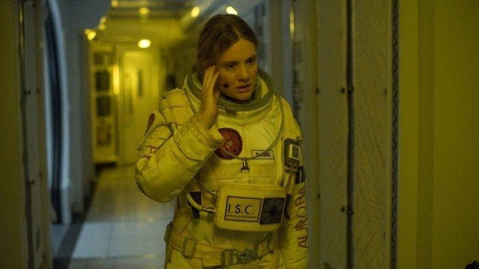 Romola Garai dalam The Last Days on Mars (2013)