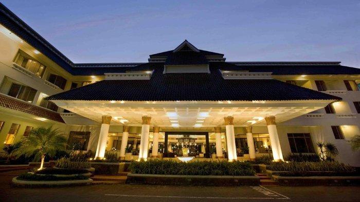 santika-hotel.jpg