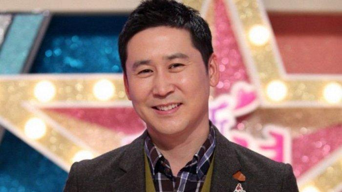 Shin Dong Yup menjadi salah satu MC di tvN 'Upgrade Human'.