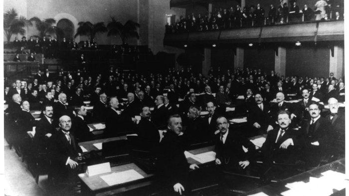 Sidang Umum Majelis PBB pertama kali diadakan pada 10 Januari 1946