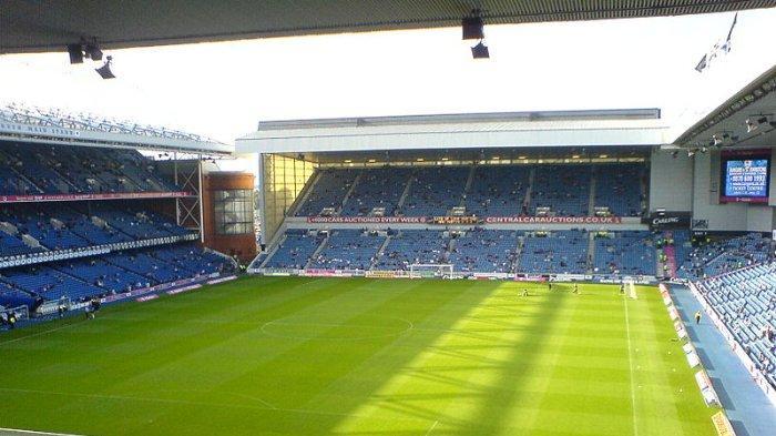 stadion-ibrox-glasgow-skotlandia.jpg