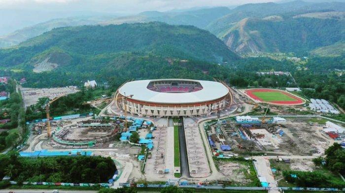 Stadion Papua Bangkit yang masih dalam tahap pembangunan. Stadion Papua Bangkit akan digunakan sebagai venue PON XX dan PEPARNAS XVI 2020 di Provinsi Papua