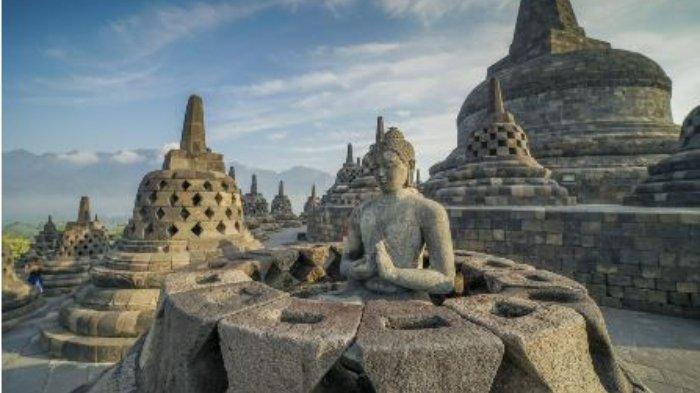 stupa-dan-patung-buddha.jpg