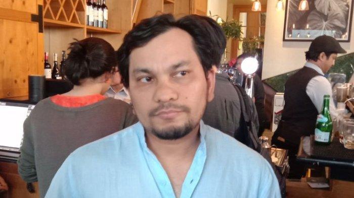 Tompi menghadiri jumpa pers film The Pretty Boys Pictures di kawasan Kemang Raya, Jakarta Selatan, Jumat (2/8/2019).(Kompas.com/Tri Susanto Setiawan)