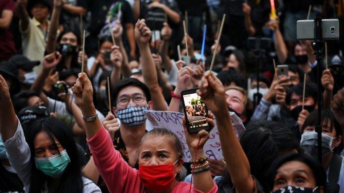 unjuk-rasa-thailand.jpg