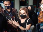 Diperiksa 3 Jam oleh KPK Terkait Fee Dana Korupsi Bansos, Cita Citata: Alhamdulillah Selesai Juga