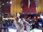 Manggung di Acara Hajatan Tanpa Prokes, Dewi Persik Akan Diperiksa Polisi