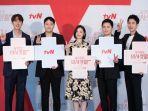 Alasan Sutradara Shin Won Ho Hadirkan Hospital Playlist Season 2 Hanya Satu Episode per Minggu