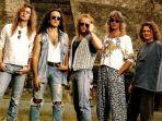 Chord Kunci Gitar Def Leppard - Hysteria, It's Such a Magical Mysteria