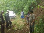 Dugaan Tersesatnya Mobil Avanza di Hutan Gunung Putri, Lelah dan Tak Pakai Peta Digital