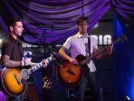 Chord Kunci Gitar Dashboard Confessional - As Lovers Go, Whats The Sense in Waiting?