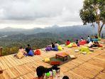 bukit-wisata-pulepayung-di-kulon-progo-yogyakarta.jpg