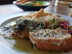 Buka Hanya Empat Jam, Ini Rahasia Makanan Sehat dari Pemilik TFP Kopi Warung di Pasar Gede Solo