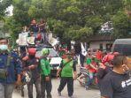 Mogok Kerja Nasional, Massa Buruh Lakukan Sweeping di Kawasan Industri Pulogadung Jakarta Timur