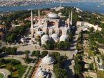 hagia-sophia-di-istanbul-turki.jpg
