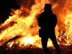 BREAKING NEWS, Kantor Kejaksaan Agung Terbakar