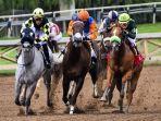 ilustrasi-pertandingan-balap-kuda.jpg