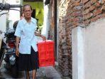 Uang Rp 400 Ribu Hasil Jualan Diambil Orang, Nenek ini Ditipu dan Ditinggal di Pinggir Jalan