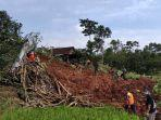 Fakta Banjir dan Longsor di Nganjuk, 4 Korban Hilang Diduga Masih Anak-anak