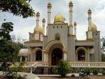 masjid-megah-di-tengah-hutan-kopi-gowa.jpg