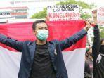 Tolak UU Cipta Kerja, Massa Mahasiswa di Semarang Jebol Gerbang DPRD Jawa Tengah