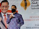 menteri-sosial-juliari-p-batubara-kunjungi-kantor-yayasan-peduli-jurnalis-indonesia-ypji.jpg