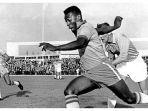 Hari Ini dalam Sejarah 19 November: Legenda Sepak Bola Brasil, Pele, Mencetak Gol Ke-1.000