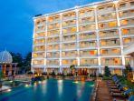 the-rich-jogja-hotel1.jpg